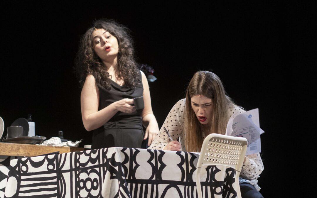 Teatro Coccia: Un paio in tre è la prima micro opera